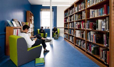 Collège de Montréal – library commons